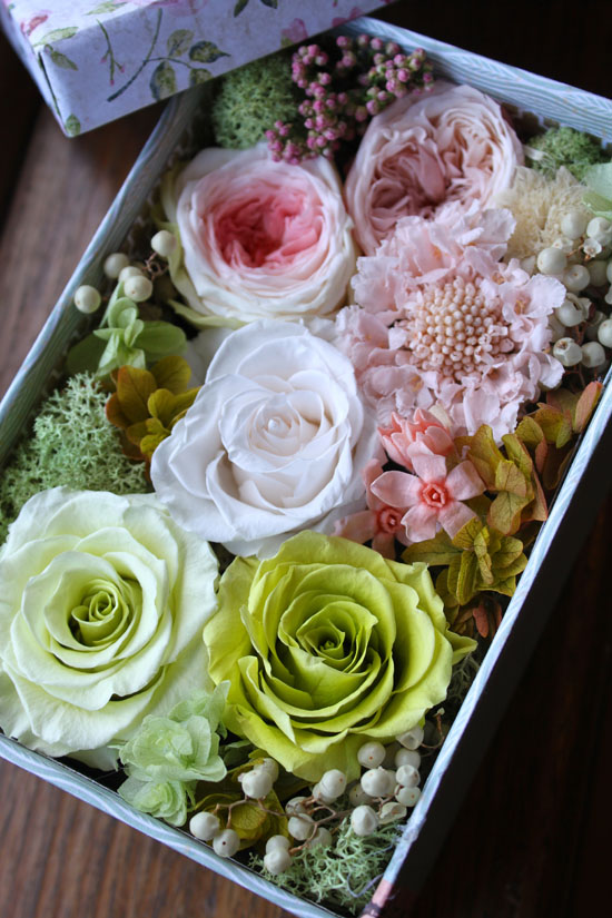 "Image of ""Flower Box - Natural Box"""