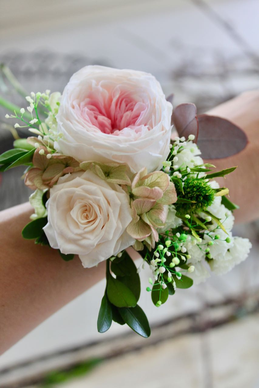 Wrist corsage old rose size ml white pink natural fleuri flowers your memories will last for years to come with our preserved flower wrist corsage they will brighten up your day as they keep the fresh look all day long mightylinksfo