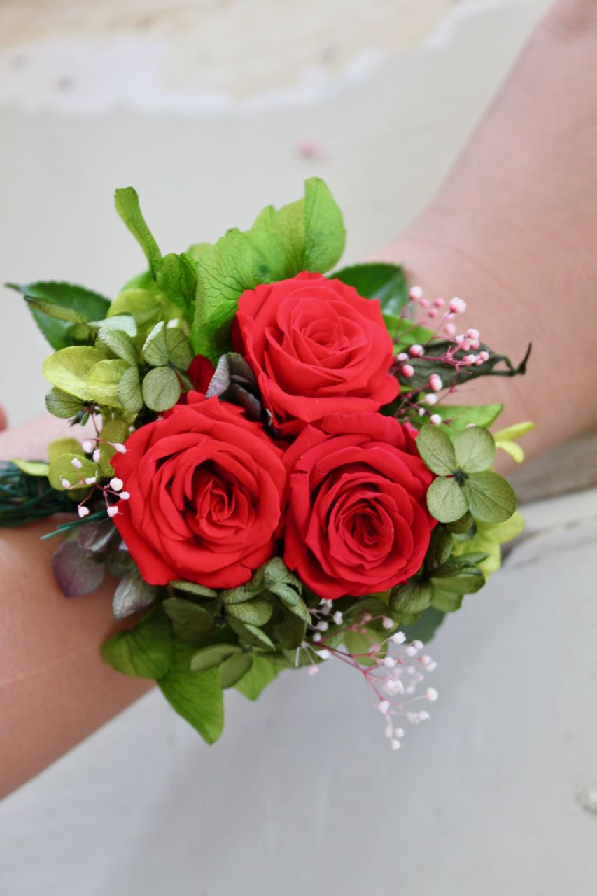 Wrist Corsage Pretty Rose Sizem Red Fleuri Flowers